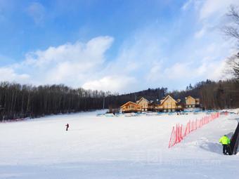 延边朝鲜族自治州安图县长白山和平滑雪场