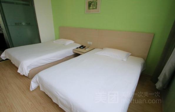 莫泰酒店(上海浦东惠南地铁站乐购店)预订/团购