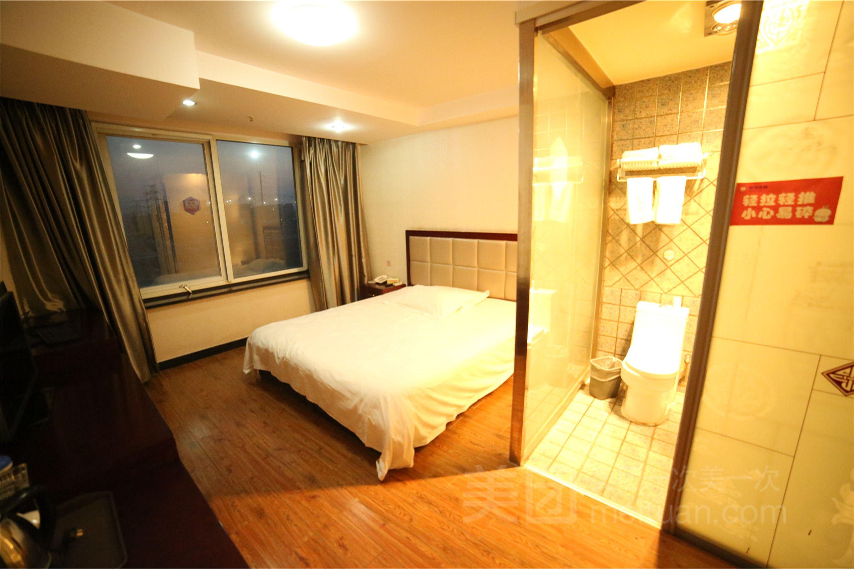 99旅馆连锁(北京回龙观东大街地铁站店)预订/团购