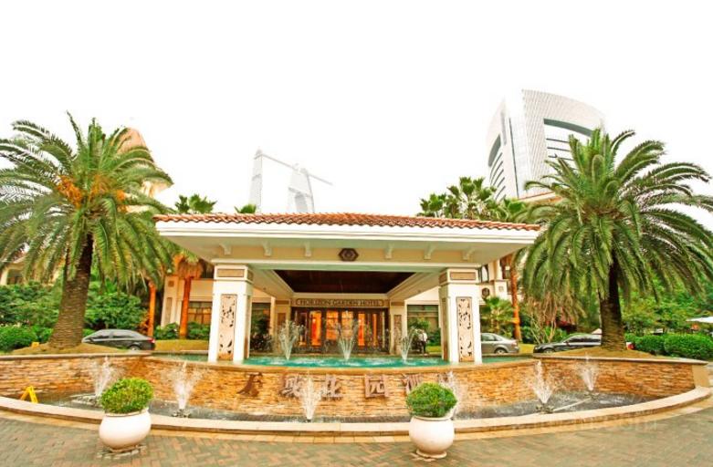 酒店建筑风格是欧式别墅独立建筑群,层高3层.