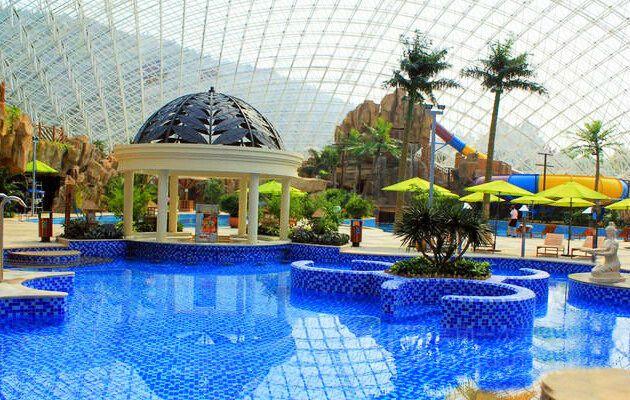 悦兮半岛温泉位于洪湖市2.5公里乌林镇胡洲村.