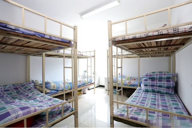 90青年公寓(火车站店)预订/团购