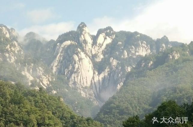 龙池曼风景区图片 - 第1张