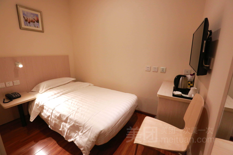 北京西西里酒店 莲宝路店 从六里桥方向过去,这店位置有点偏 价