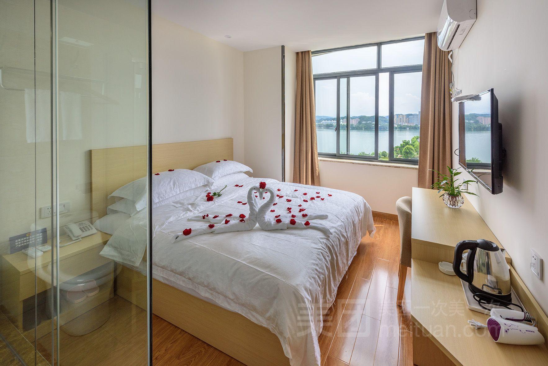 常春藤湖景酒店预订/团购