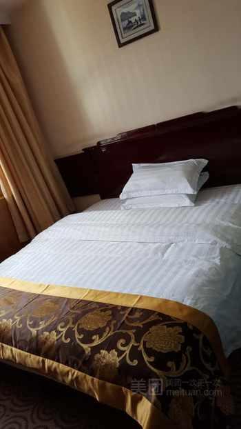 【酒店】新乡风商务酒店-美团