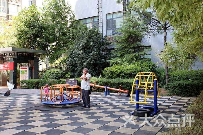 华城国际家庭公寓地址,电话,价格,预定 西安酒店图片