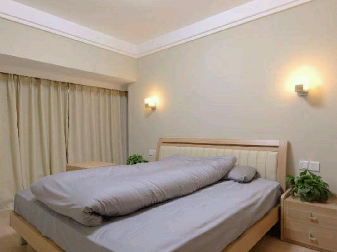 301院内专家楼温馨四居室预订/团购