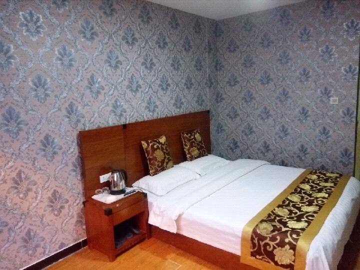 红樱桃公寓酒店(首都机场店)预订/团购