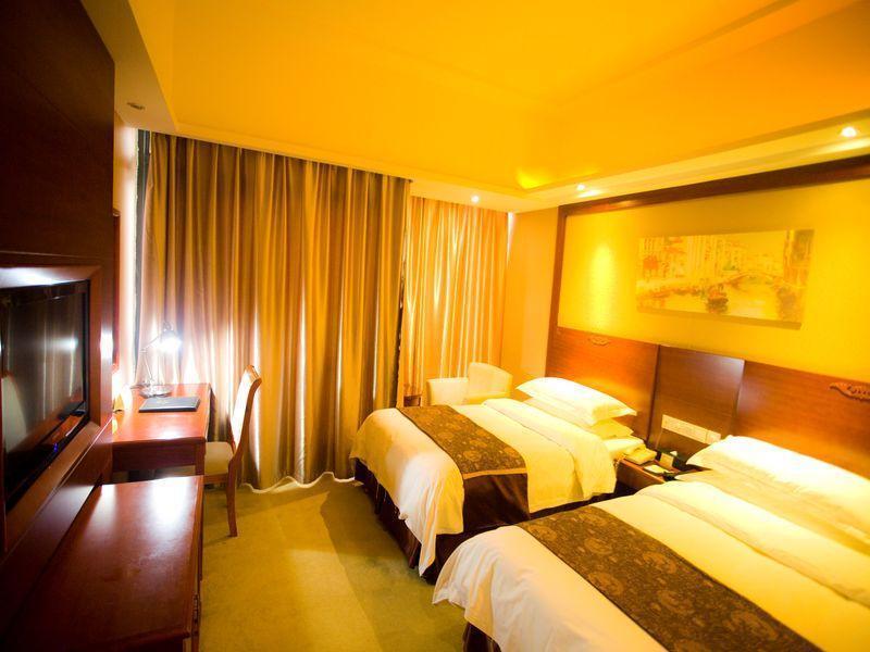 维也纳酒店(上海浦东机场华夏路地铁站店)预订/团购