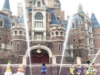 夏日狂欢城堡秀
