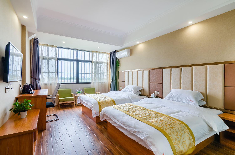 公寓位于长乐机场附近,装修豪华,配套设施齐全,机场接送