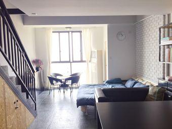 【阿园民宿】近东关街、个园,古运河畔工业风LOFT公寓