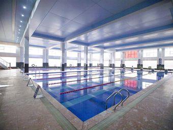 山川国际大酒店游泳馆