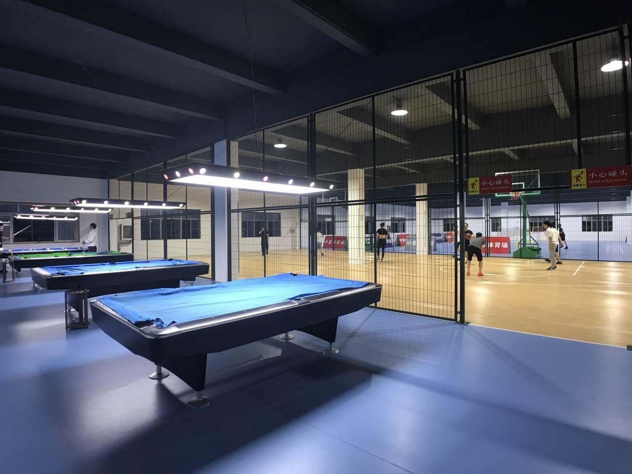 【上海篮球枪手羽毛球乒乓球中景体育场】四个火桌球射击馆图片