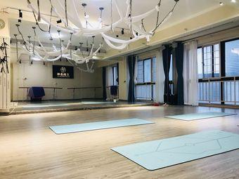 兰韵舞蹈培训中心