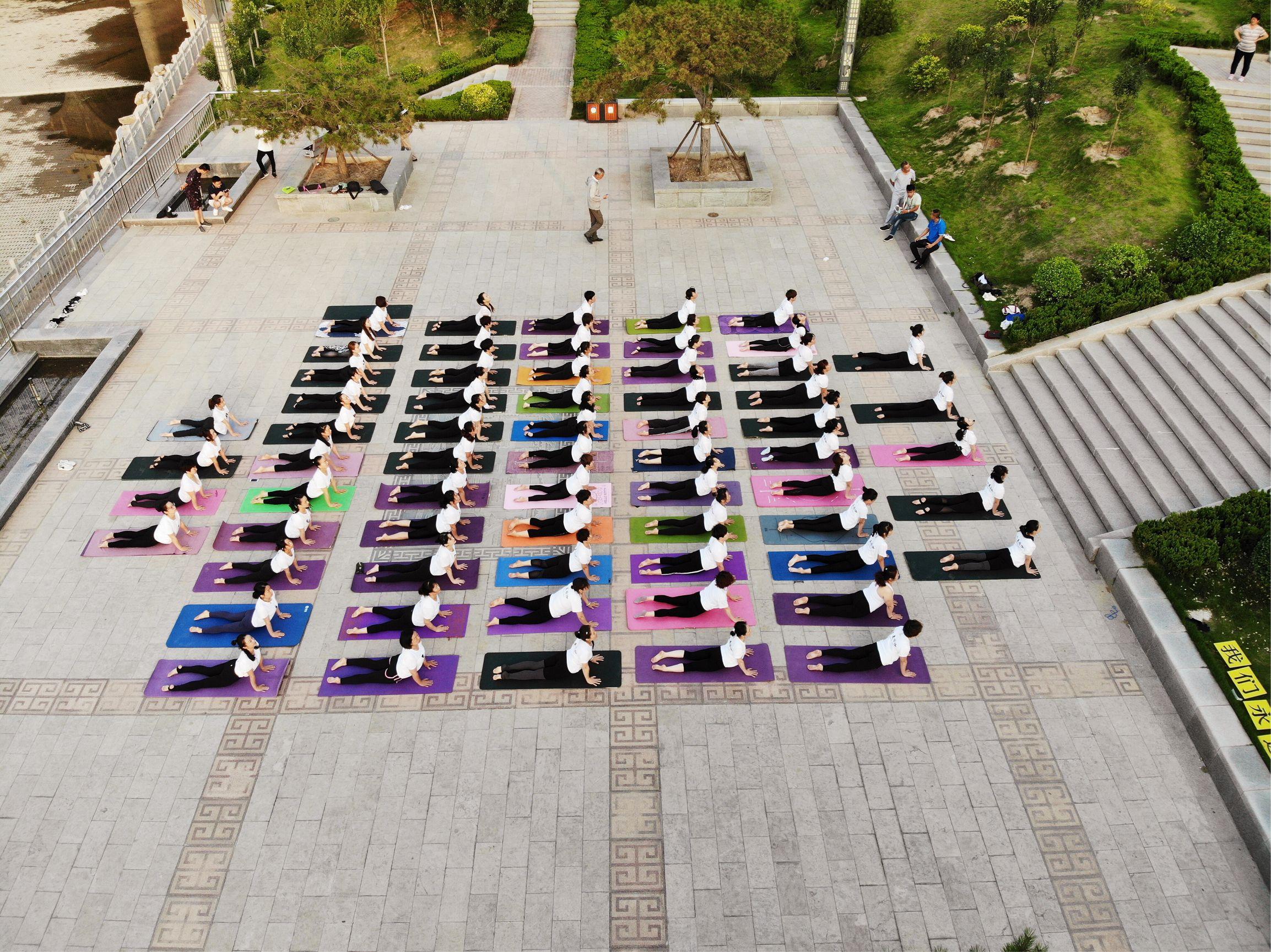 京美国际瑜伽