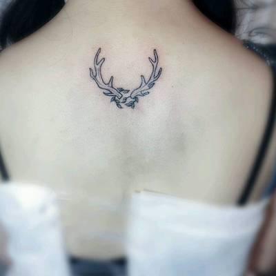 鹿角纹身图-大众点评纹身图案大全图片