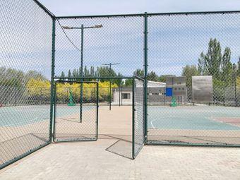 奥林匹克室外篮球场