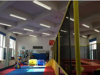 极限跆拳道运动中心·蹦床馆