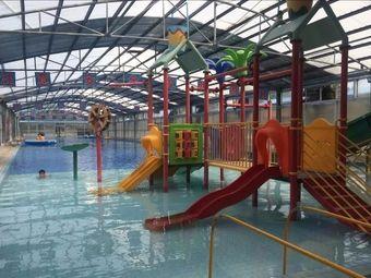 植物园游泳乐园