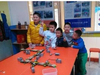 艾克瑞特机器人教育(万达校区)