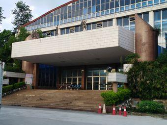 连州连中体育馆