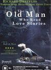 读爱情小说的老头