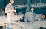 周冬雨首演小护士洗头洗到崩溃,与李易峰再现CP相爱相杀