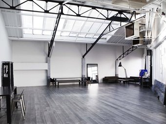 Pin-up Studio