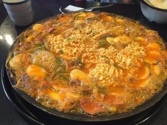 Sinuiju Sausage Stew