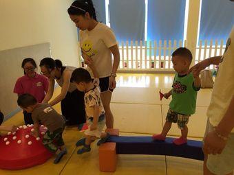 天线宝宝幼教中心