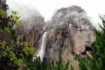 【拉萨出发】卡定沟、雅鲁藏布大峡谷、苯日神山等纯玩3日跟团游*体验小江南独特景色-美团