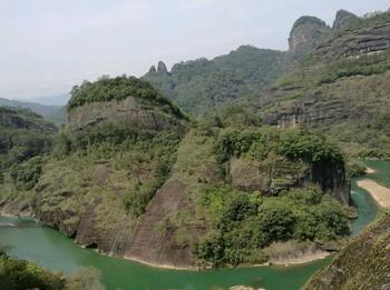 【泉州出发】武夷山风景名胜区、天游峰景区、九曲溪漂流等2日跟团游-美团