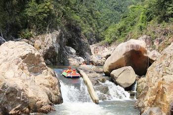 【三亚出发】五指山热带雨林风景区、五指山雨林谷漂流纯玩1日跟团游*含门票+中餐+意外险-美团