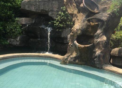 汤山圣泉温泉-美团