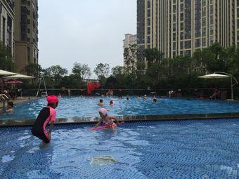 国贸天琴湾游泳馆
