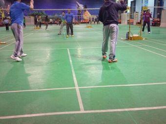 胜利羽毛球会馆