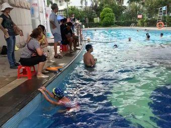 得运美体育美之国游泳馆