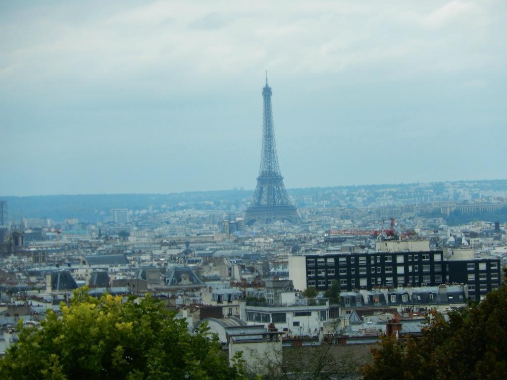 骑自行车便利游巴黎