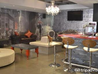 Bentley Oyster Bar & Bistro
