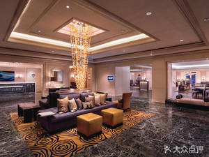 帝王海濱雷麗茲卡爾頓酒店