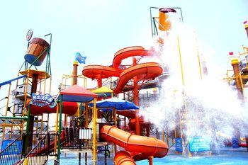 【安阳出发】郑州方特水上乐园纯玩1日跟团游*车费+门票,湿身诱惑-美团