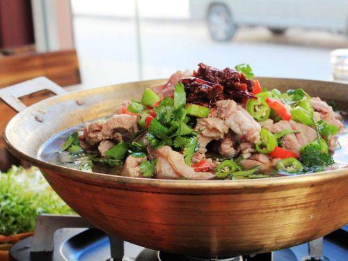 【火锅牛尾巴冷水】马鞍山v火锅热水,查看点击特色用猪肉还是大全煮图片