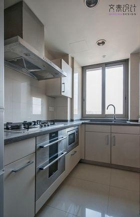 80平米现代简约风格厨房装修效果图