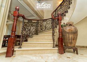 140平米别墅欧式风格楼梯间家具图片
