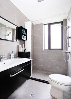 富裕型130平米三室两厅混搭风格卫生间装修案例