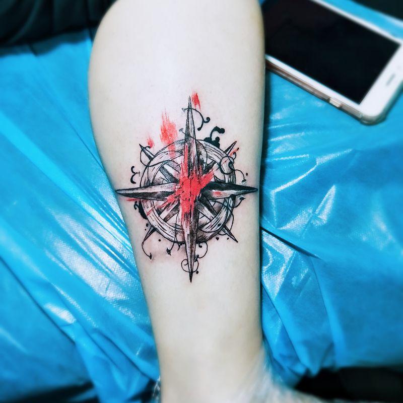 指南针纹身款式图-大众点评纹身图案大全