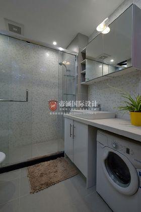经济型110平米三室两厅北欧风格卫生间装修效果图