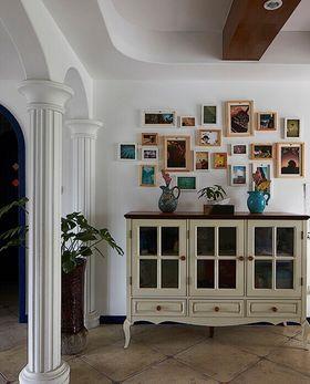 富裕型140平米三室两厅混搭风格走廊装修效果图